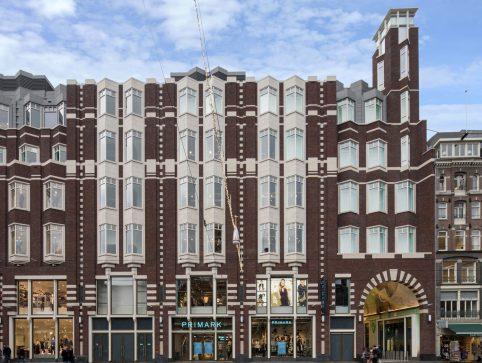 Cl9 Amsterdam Damrak Photo 8502 Exterior